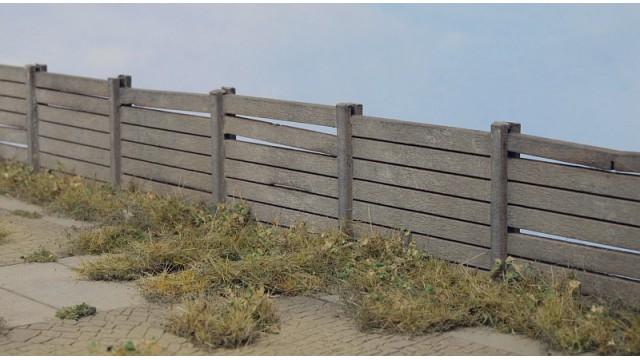 Concrete Fence Type I.