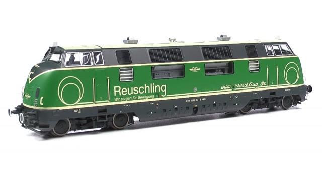 220 053 Brohltalbahn, Reuschling grün, Epoche VI, Vorbildzus