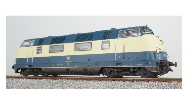 220 012 DB, ozeanblau/beige, Ep IV, Vorbildzustand um 1975,
