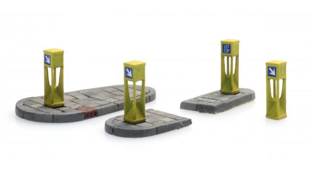 NL2020, Verkeerszuilen (4x) en eilandjes (2x)